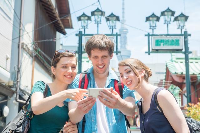 訪日外国人客増加を見据えた各企業のIT施策