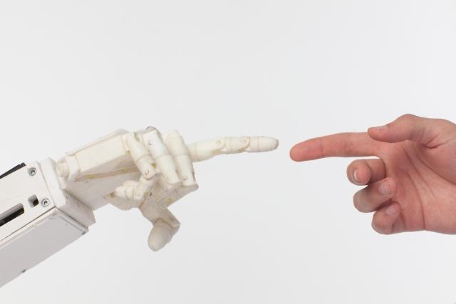 広がる「非接触」「非対面」をサポートするロボット活用