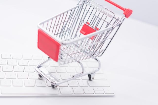 急増するネット通販詐欺、事例と対策