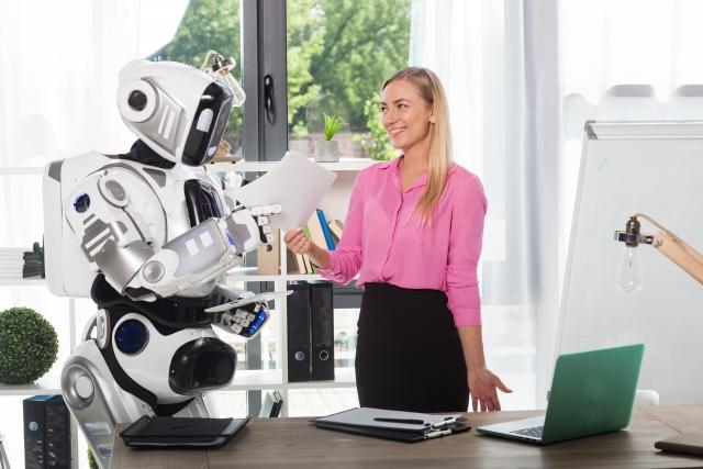 自立型ロボットとの共存社会へ