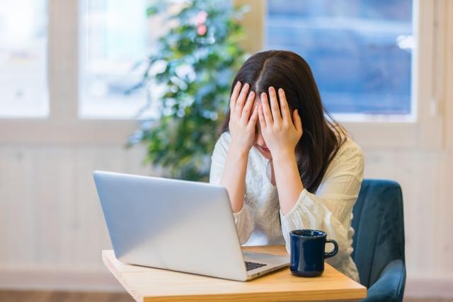 フィッシング件数および60歳以上のネットトラブル最多